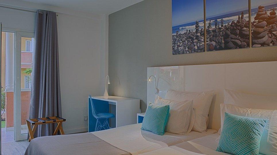 SERVICIO DE LIMPIEZA Hotel Coral Compostela Beach Golf